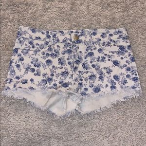 H&M floral blue and white shorts